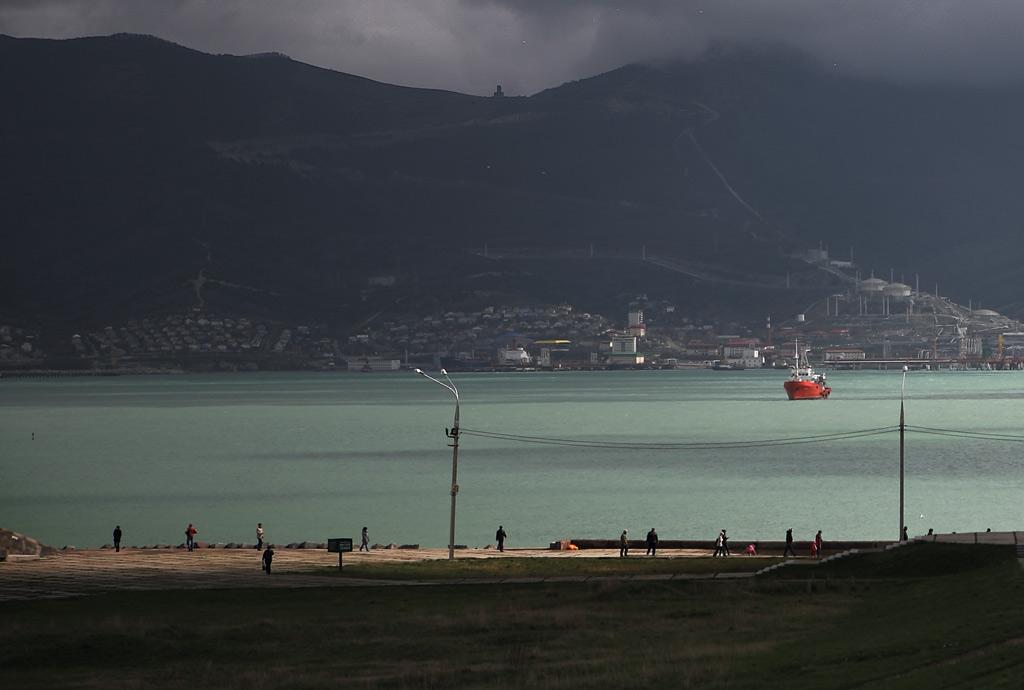 Вид на Цемесскую бухту с Малой земли. Новороссийск. фото Андрей Бондаренко